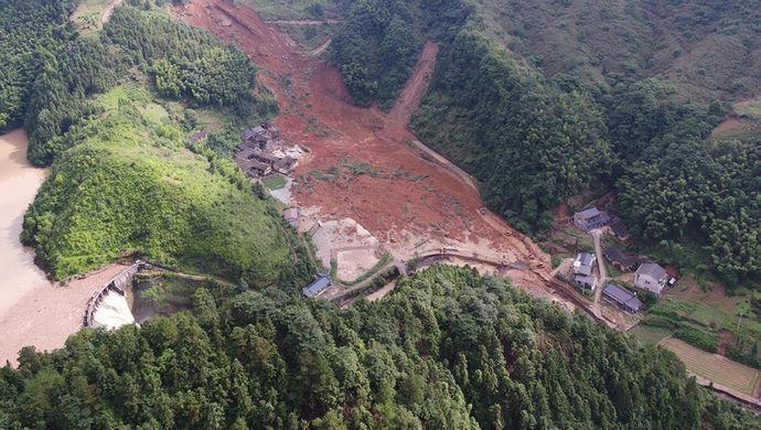 洪水已退,湖南宁乡水上 方舟 ,3个人救了200多人 图
