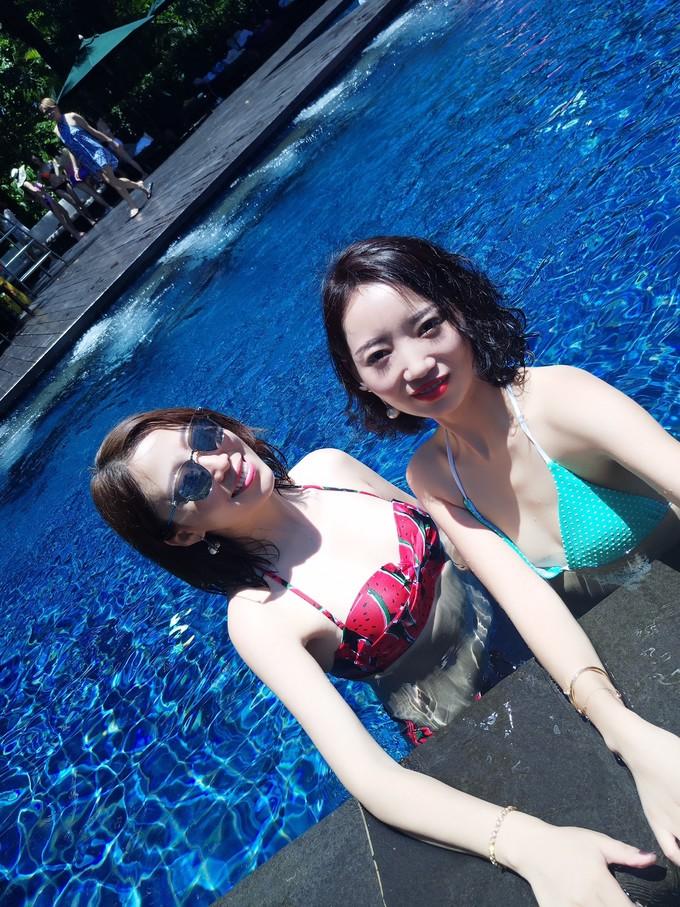 大波少女裸体写真_【三亚】一大波美女袭击三亚海滩