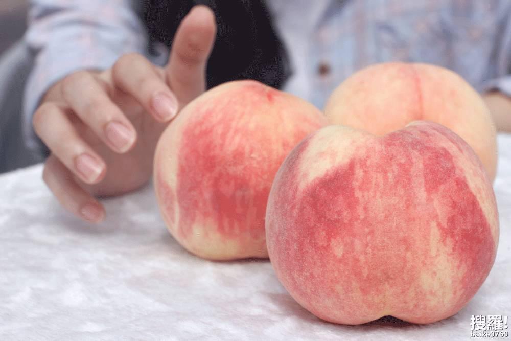 粉穴水多穴嫩_用的是两种不同品种的定制大水蜜桃,皮薄,肉嫩,汁多.