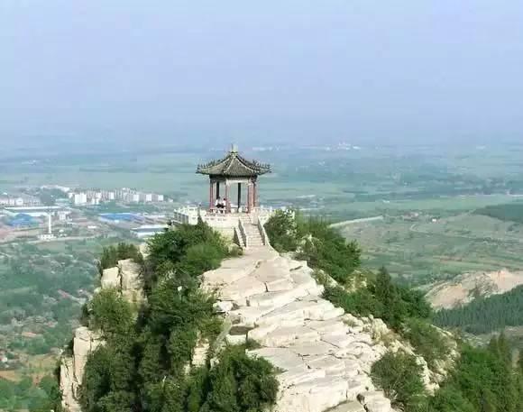 国内十大旅游景点推荐:四川三大景区来渝推介旅游 主打避暑品牌
