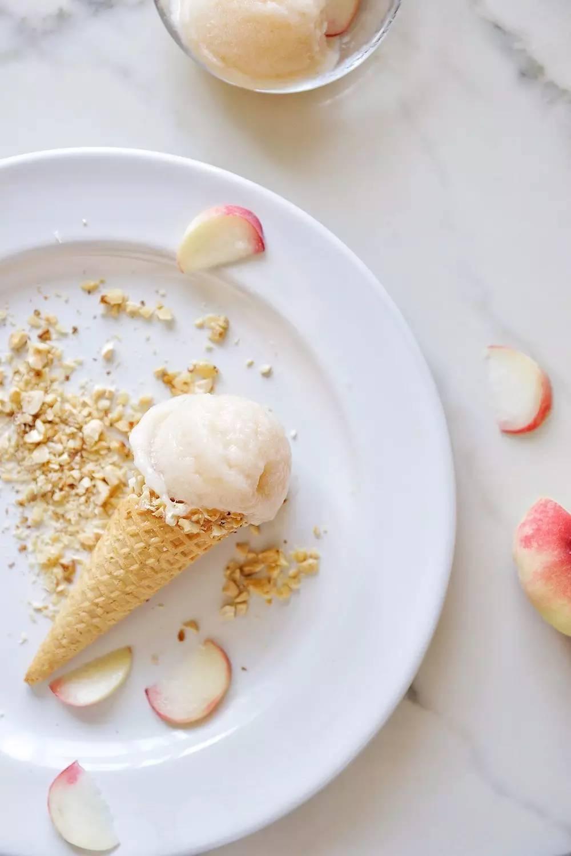 冰淇淋甜筒-种草 做甜点 烙饼 烤肉,这只小红锅无所不能