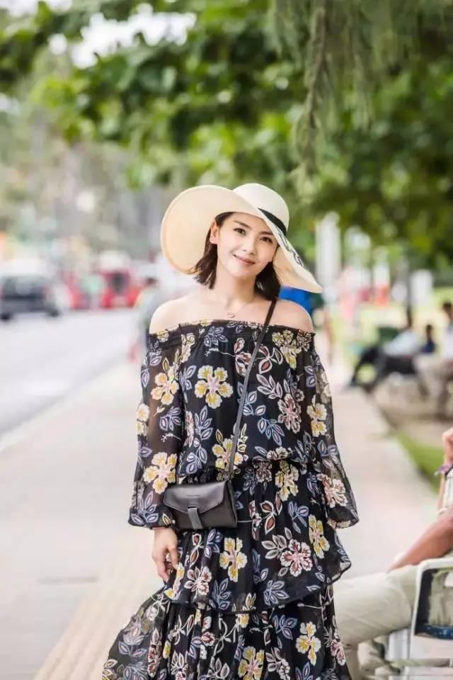别土了,今夏最流行的连衣裙是这款
