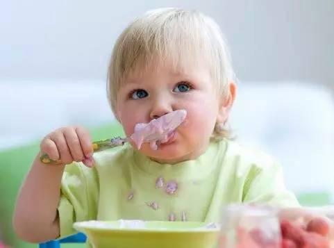 第一次宝宝辅食吃什么