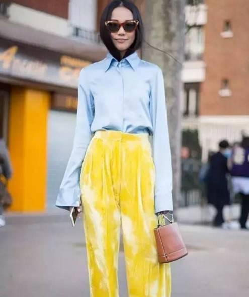 女人别土了,白衬衫过时了,今年流行这款,简直美爆了!