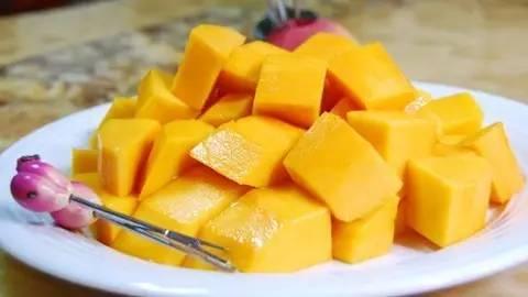这些水果热量比肉还高 要减肥的你们小心越吃越胖