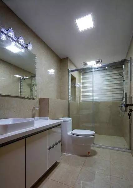 设计|4平方、6平方、8平方的卫生间分别嘉兴房地产平面设计师图片