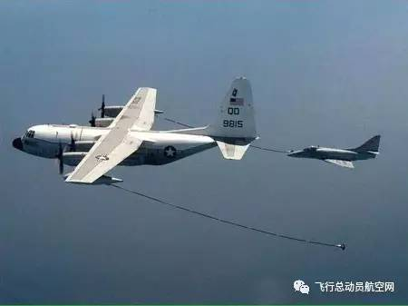 美海军一架KC130空中加油机坠毁 机上16人遇难