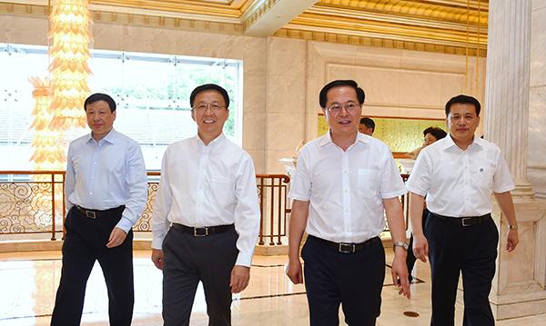 上海接待浙江省党政代表团,沪浙两地签署多项文件、协议(图)