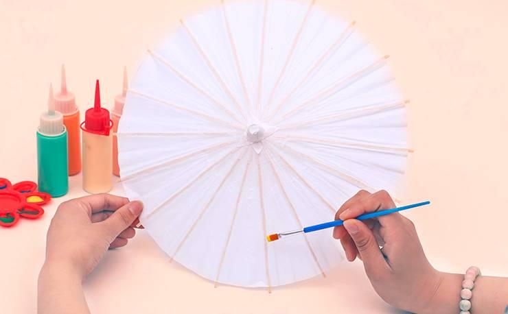福利丨手绘油纸伞 手工创意卡通笔筒,周末亲子趴免费