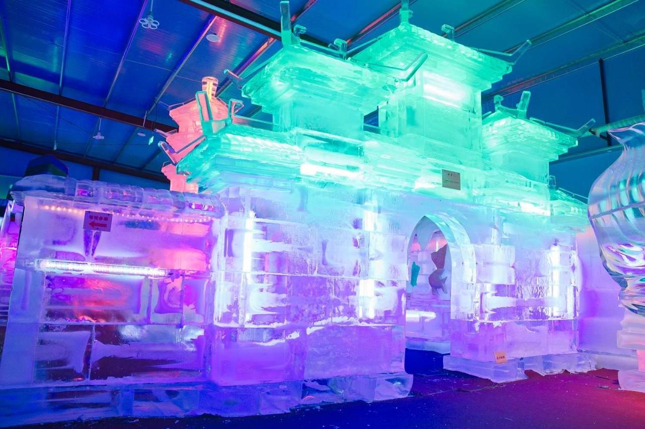 山东最大的室内冰雕展览馆,在这里你能体验一场前所未有的冰雪盛宴.图片