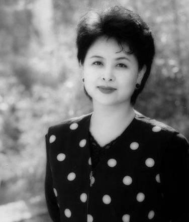 公众平台 央视主持人肖晓琳因癌症去世,曾主持 新闻联播 今日说法