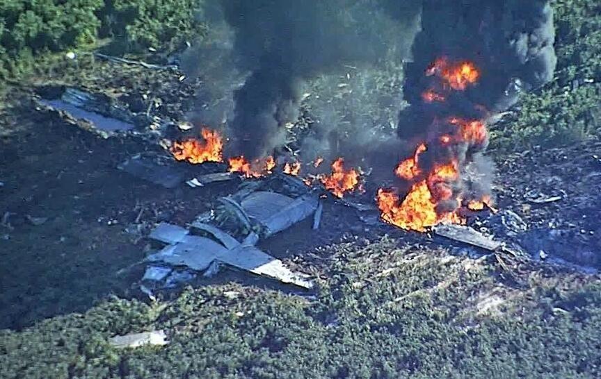 美军KC130空中加油机坠毁机上16人遇难 现场惨烈