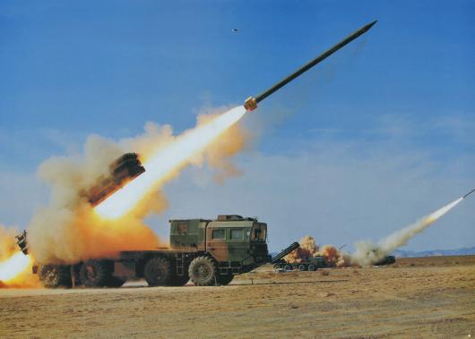 中国在边境试射火箭炮可打到印首都?