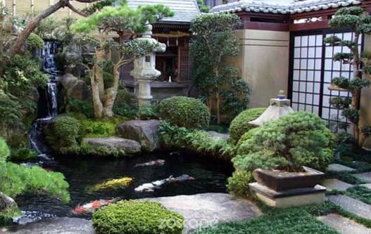 7个古朴风格家装庭院鱼塘设计案例图片