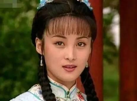 紫霞仙子朱茵这么美,但当年在《苍天有泪》蒋勤勤美得