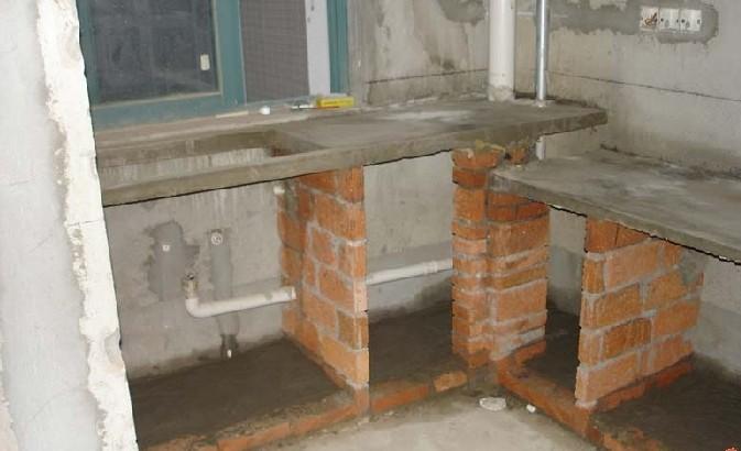 合肥业主要求砖砌橱柜,据说寿命比定制多几十年