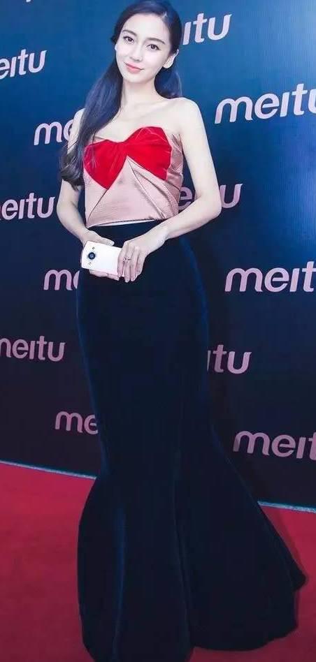 今年这条裙子超流行,赵丽颖不穿连衣裙改穿它了