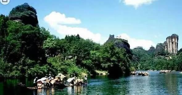 """国内和国外旅游的关系:成都春节旅游收入和人次""""双第一""""的背后"""