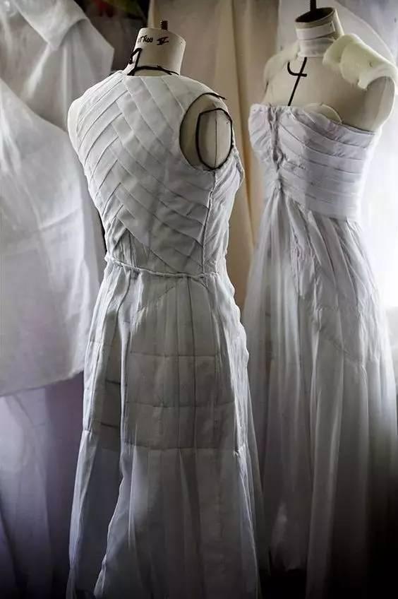 """——【立体裁剪】婚纱礼服:它用""""细节""""征服了全世界!图片"""
