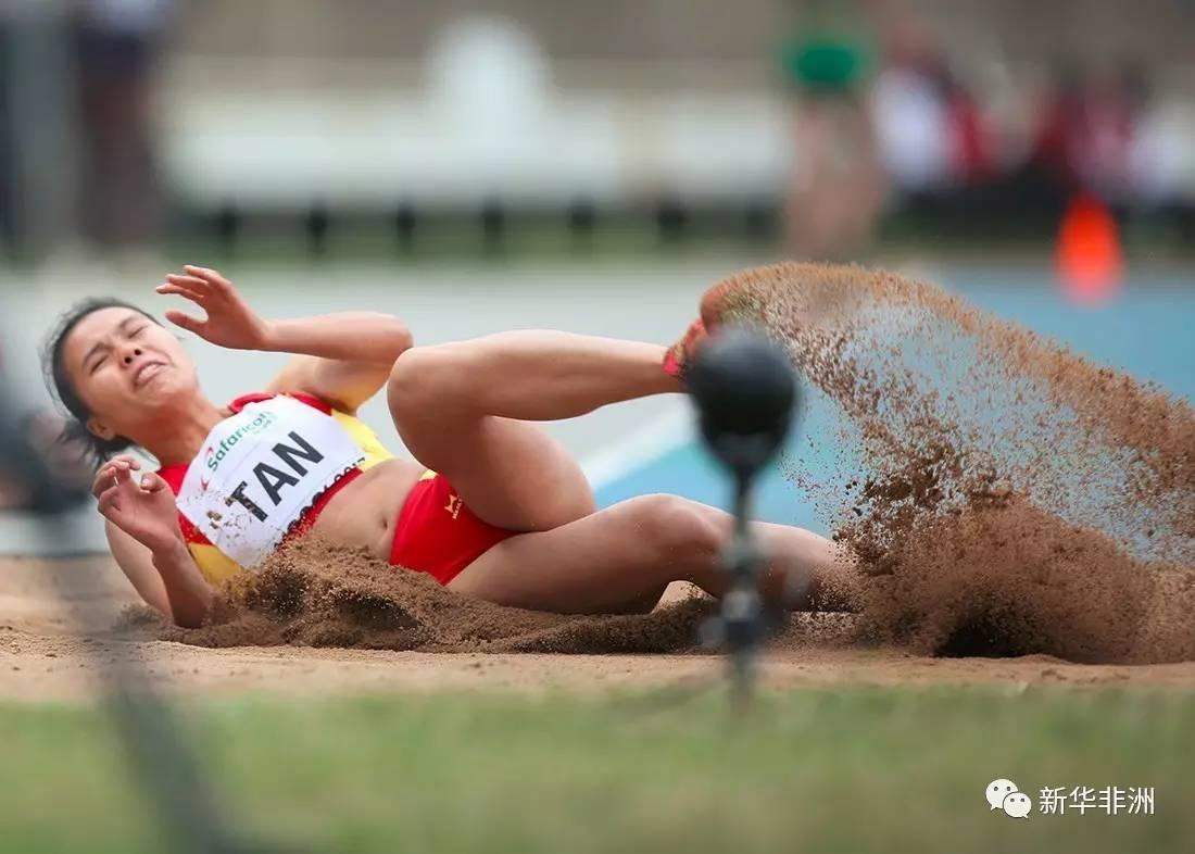 中国女子三级跳_7月15日,中国选手谭秋娇参加女子三级跳远比赛.新华社发