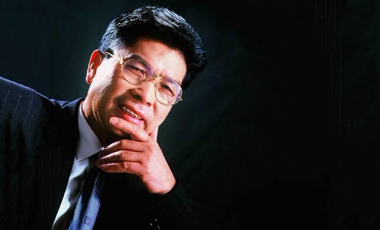 他是中国实业界最神秘、最成功的大boss!超格力、胜海尔,藏功名、忍骂辱。