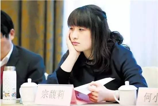 宗庆后独生女被人利用?收购中国糖果失败,这两家公司却赚大了!