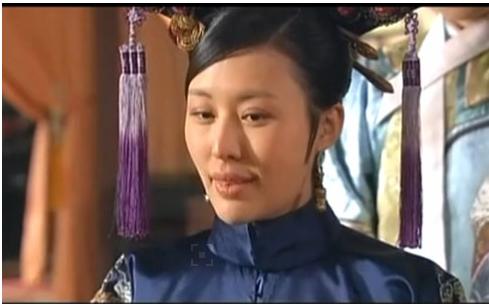 她是《甄嬛传》里的福晋,也是小王石30岁的未婚妻_突袭娱乐_突袭网