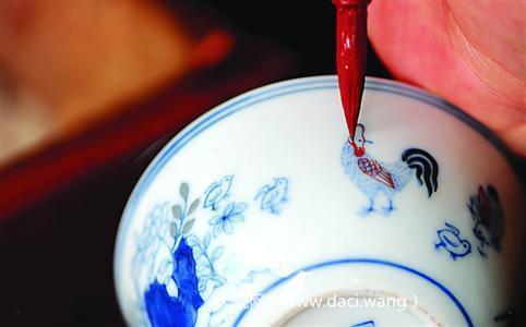 再塑工匠精神景德镇手工制瓷72道工序—彩绘工艺