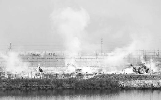 天津加紧整治 工业纳污坑塘