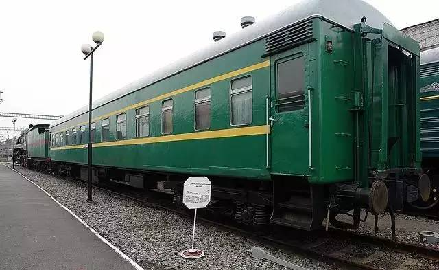 中国铁路车���d_回顾新中国铁路客车的妆容变迁