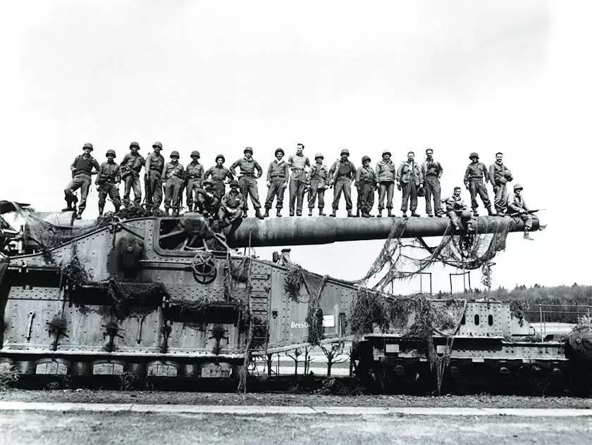二战时期世界各国经济总量_二战时期各国军装照