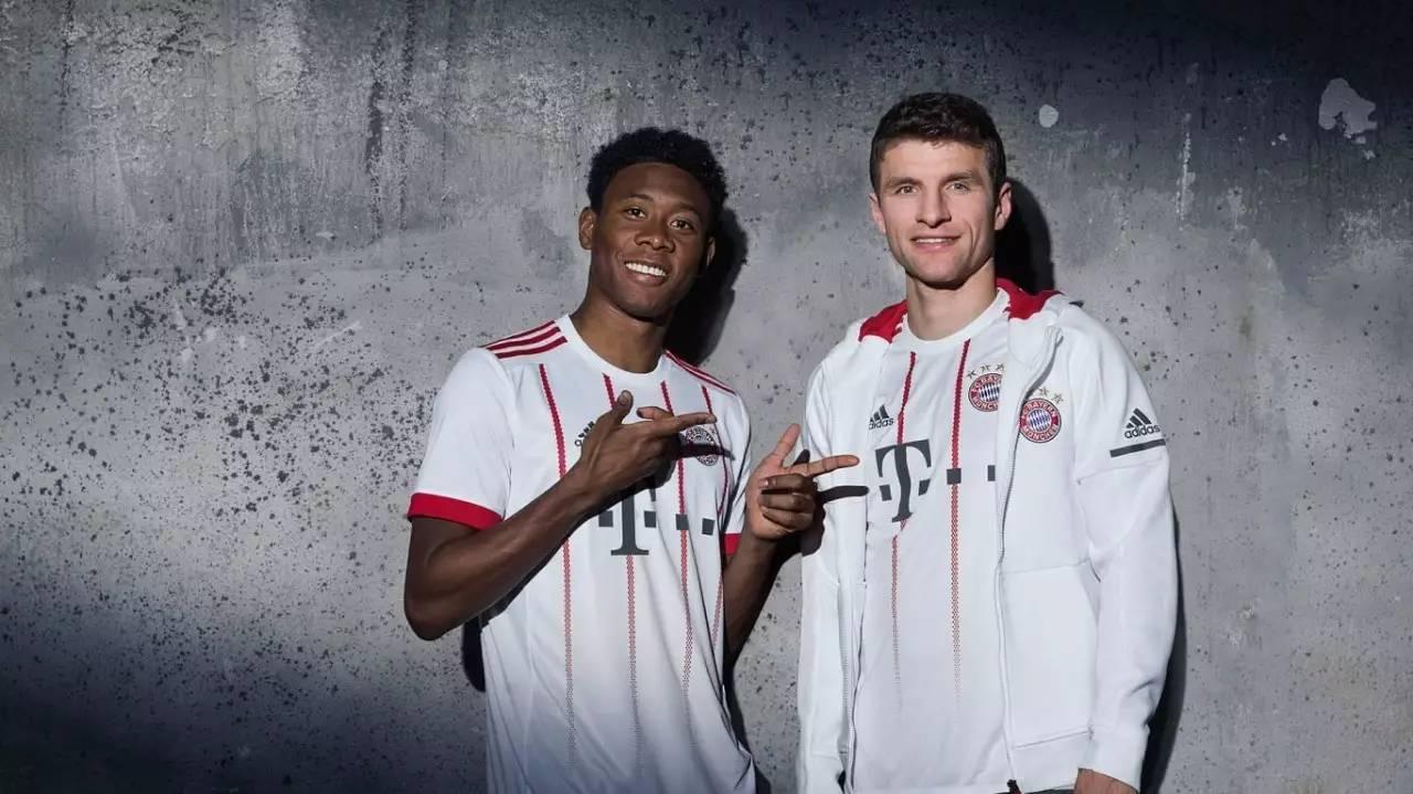 拜仁慕尼黑足球俱乐部2017/18赛季欧冠球衣正式发布.图片