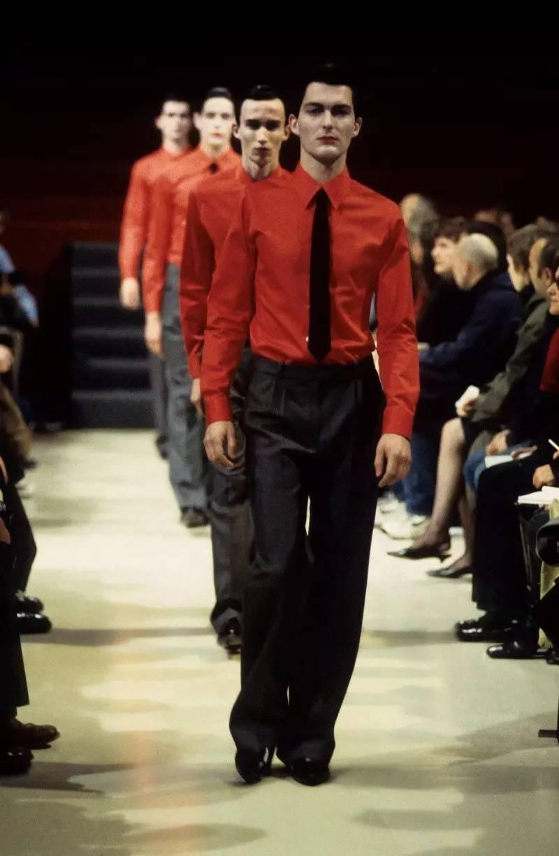 90年代备受争议的设计师是如何颠覆传统时尚的? 服饰潮流 图6