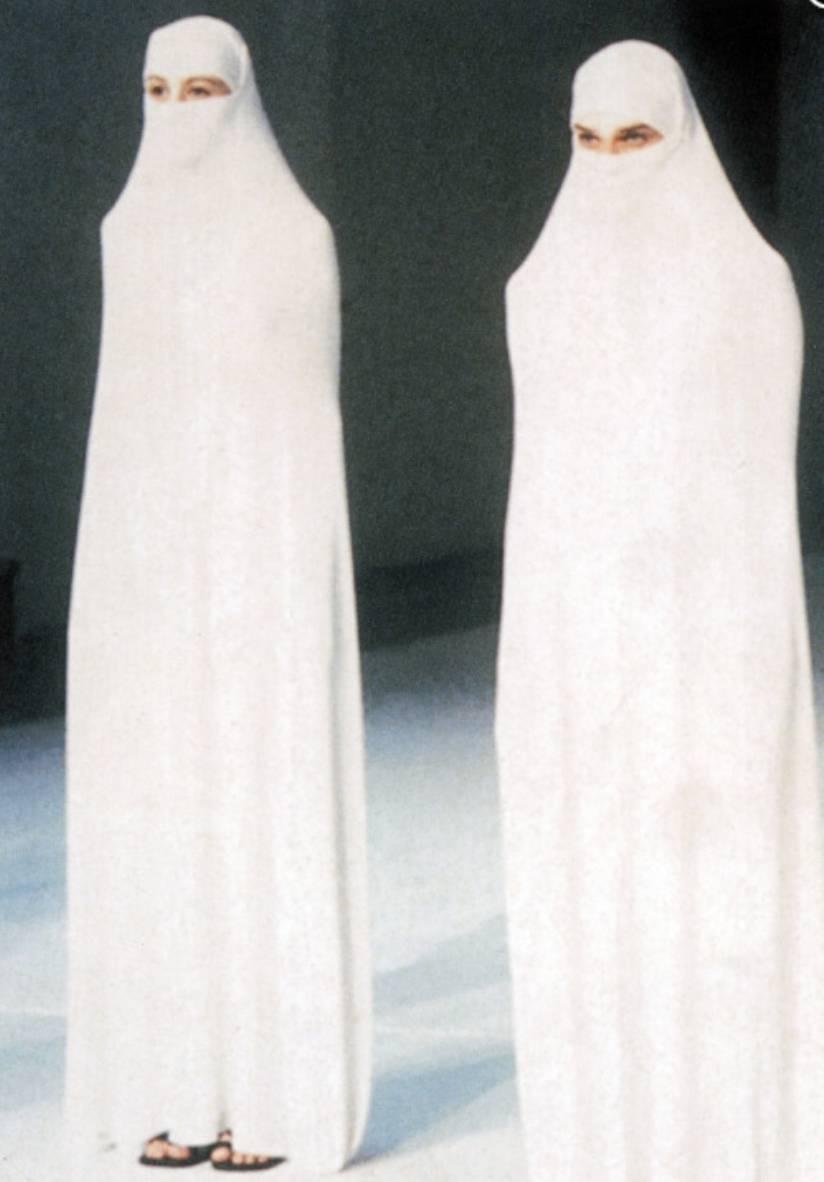 90年代备受争议的设计师是如何颠覆传统时尚的? 服饰潮流 图16