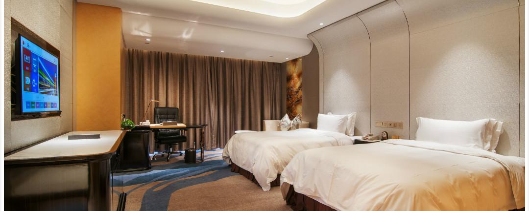 在东方山水金沙酒店,每个房间都独树一帜,融入了设计师精心打造的图片