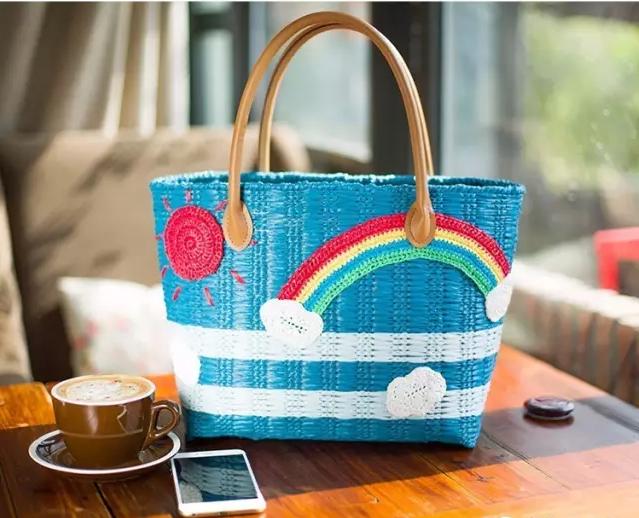 手工达人diy, 《用棉草线编织的夏日彩虹包》