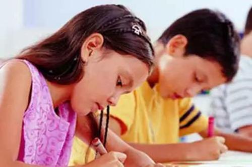 初中家长注意:从落后生迈向尖子生,你需要帮孩子跨过3道槛