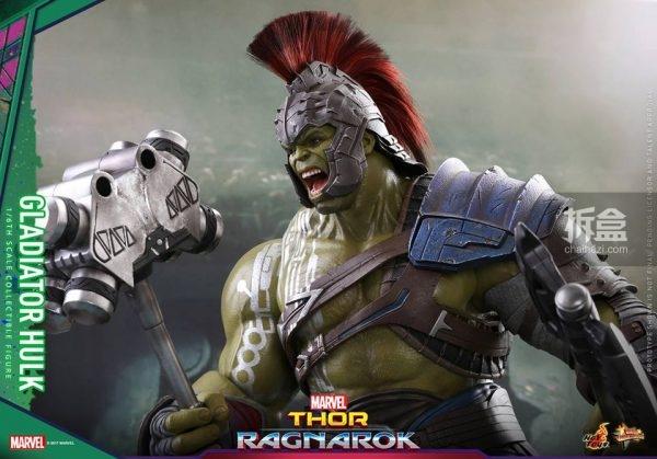 角斗士浩克 绿巨人 1:6 可动人偶,高42cm,配备带头盔的叫喊表情头雕一图片