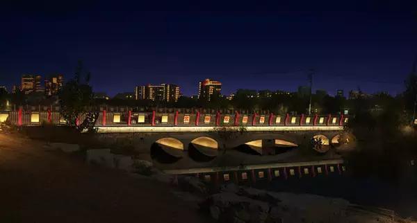 十种常见的户外景观亮化照明设计图片