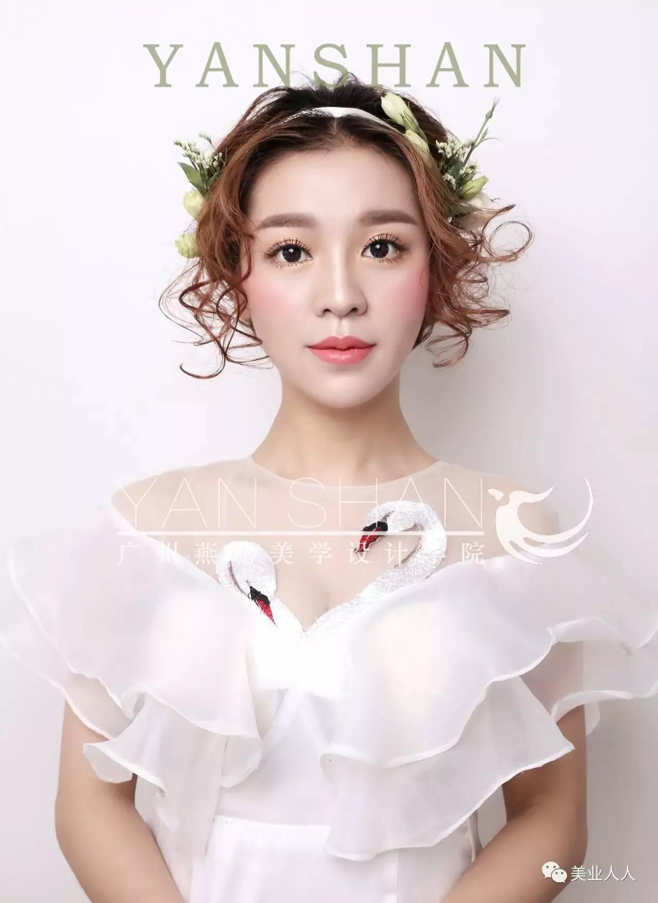 7月26日晚8点 ▽ 课程主题 两款韩式短发新娘快速变换造型(不含妆面)图片