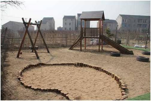 学费每月1万的国际幼儿园,孩子每天玩的都是什么?