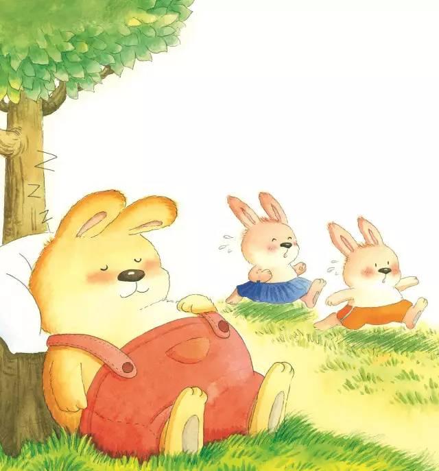 兔弟弟和兔妹妹每天都去跑步,兔哥哥却总是躺在树下睡大觉.图片