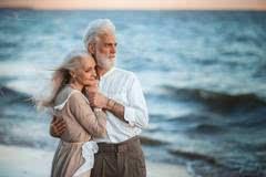 我能想到最浪漫的事_好句子欣赏 我能想到最浪漫的事就是和你一起慢慢