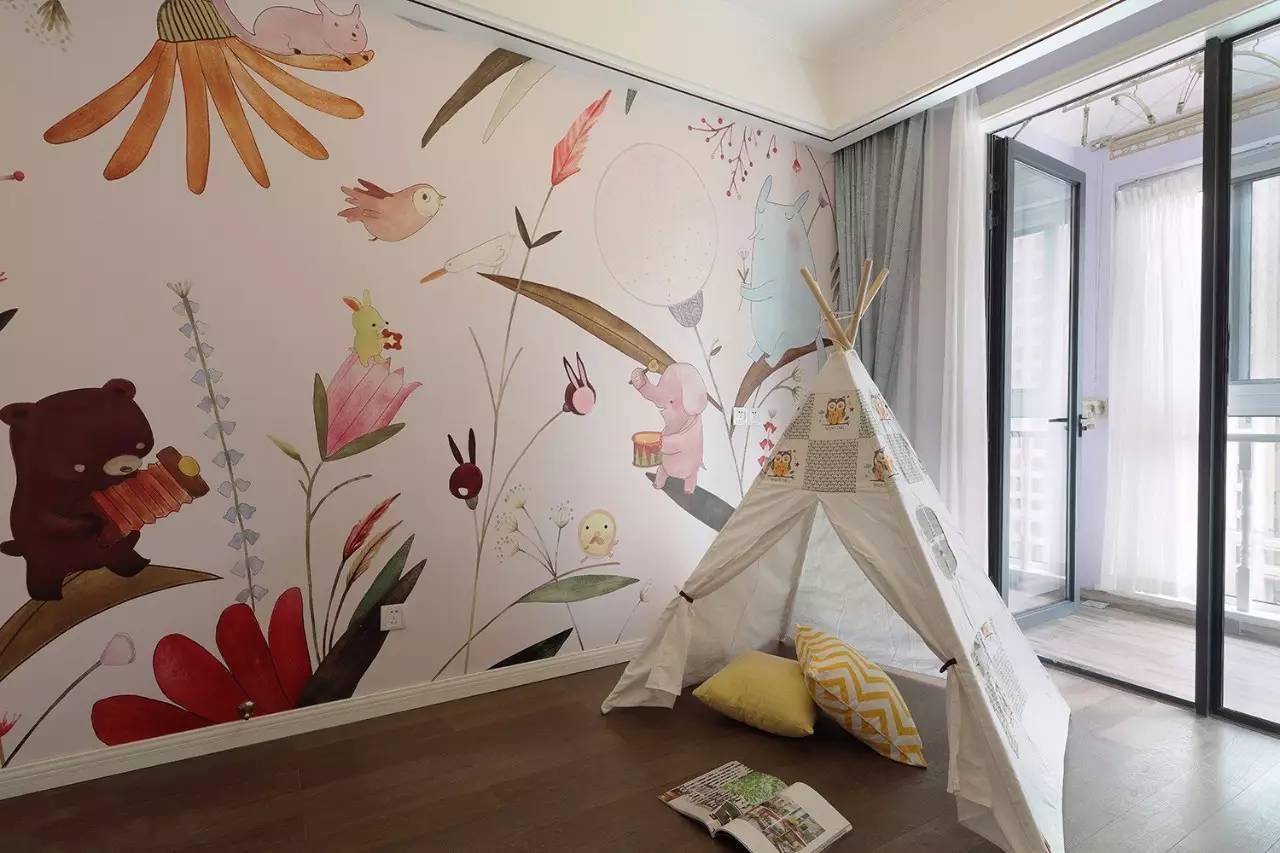 充满童趣,还有一个小朋友最爱的小帐篷,一个充满爱的小房间.图片