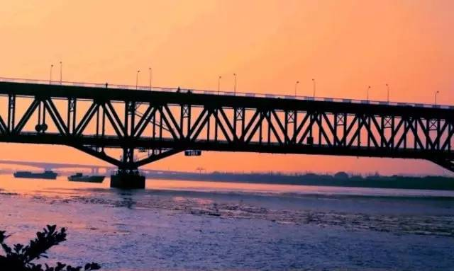 松浦大桥,南浦大桥,杨浦大桥,奉浦大桥.