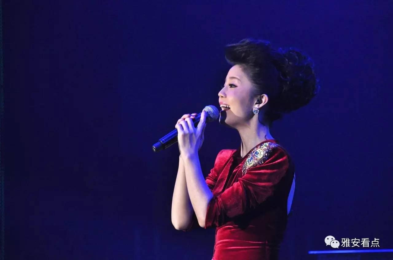 邓丽君在日本演唱会_先后在国内外已完成数十场专场演唱会,所到处发起一波又一波\