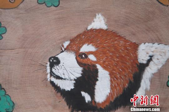 圆木片手绘图片动物