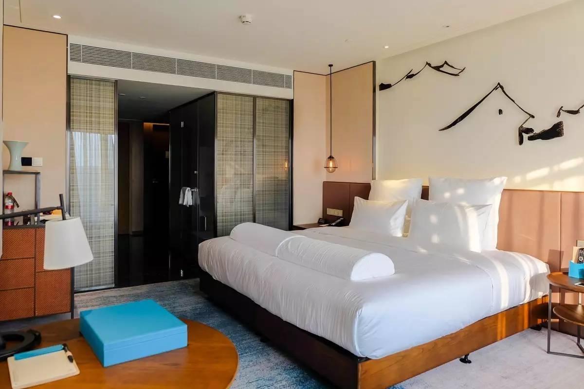 背景墙房间家居酒店起居室v背景卧室卧室装修现代装修1200_8国外室内设计法式风格图片
