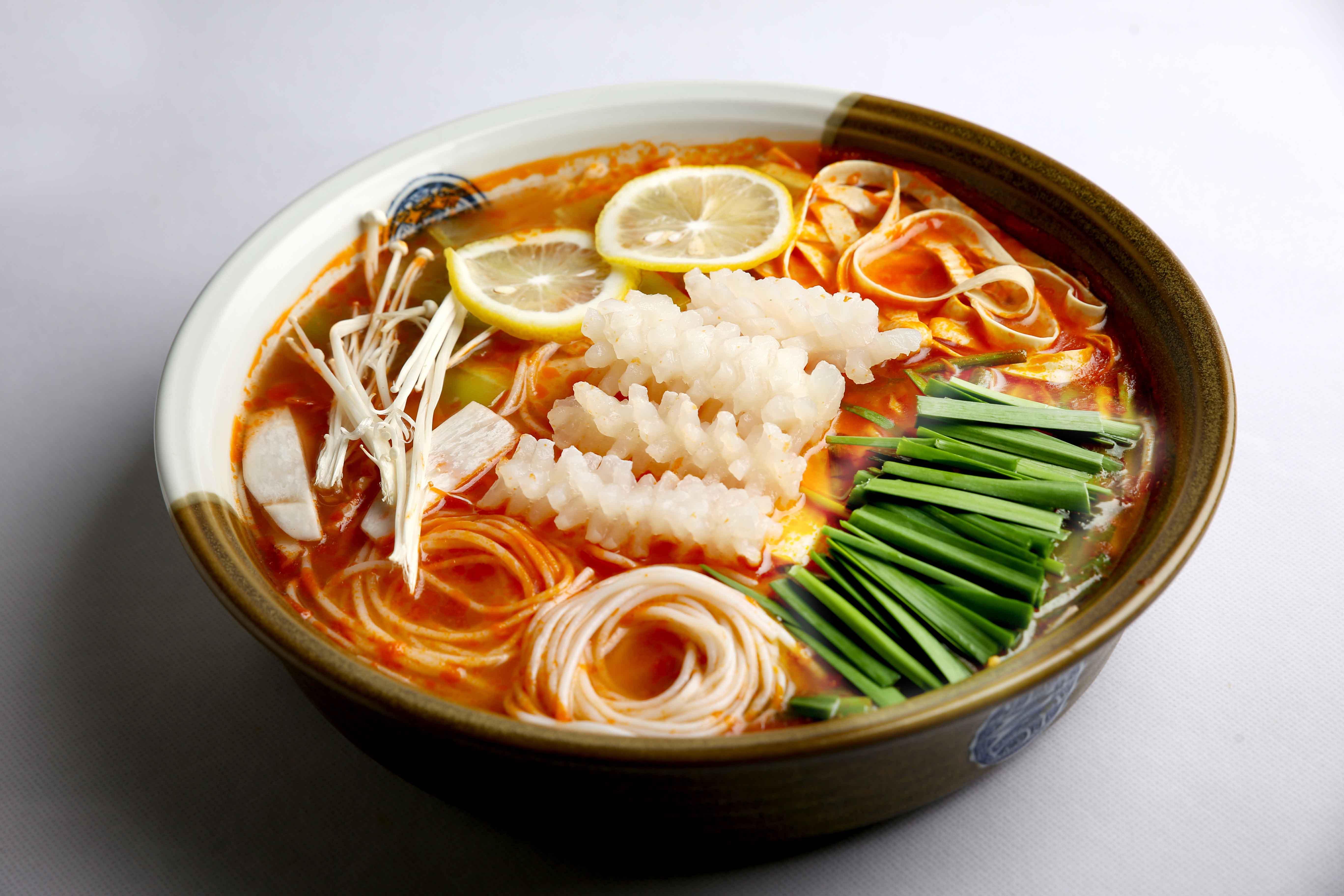 火锅与米线的完美搭配,不一样的味觉体验