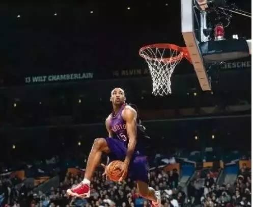 NBA球星们最帅气的动作,科比美如画,詹姆斯君临天下图片